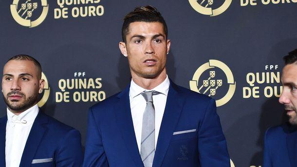 Роналду назвали лучшим футболистом года вПортугалии