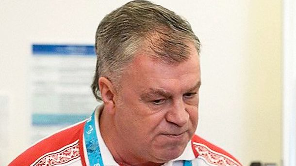 Тренер сборной РФ  последж-хоккею скончался впроцессе  визита вКорею