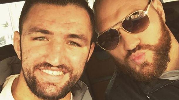 Бой затитул чемпиона WBO между Хьюи Фьюри иПаркером несостоится