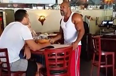 Очередной инцидент между Кличко и Бриггсом произошел в ресторане
