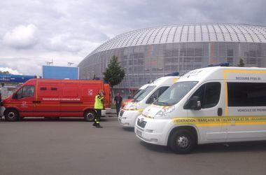 Евро-2016: стадион, где играют Россия и Словакия, оцеплен из-за сообщения о заминировании