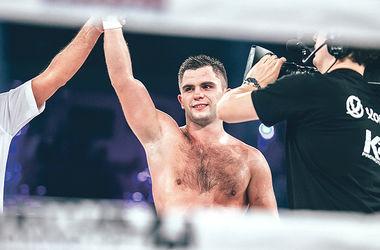 Митрофанов. Завоевал в APB первую для Украины олимпийскую лицензию в боксе. Фото aibaproboxing.com