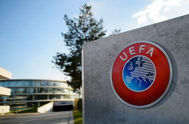 Британцы призывают УЕФА отстранить российские клубы от еврокубков