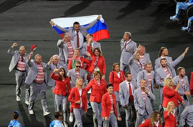 Белорусского чиновника, который нес флаг России на открытии Паралимпиады, лишили аккредитации