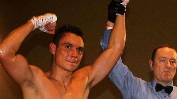 Сын Кости Цзю начал профессиональную карьеру боксёра спобеды