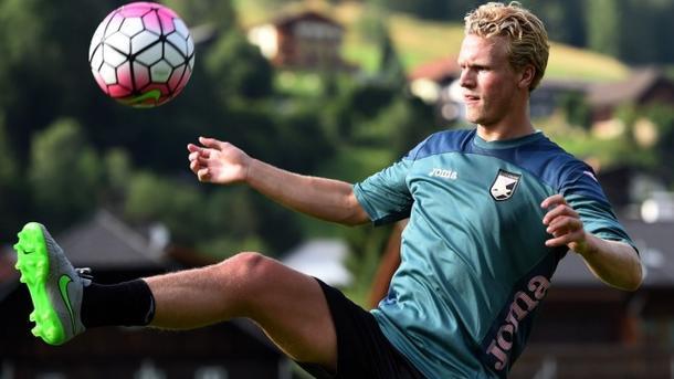 «Динамо» может усилиться полузащитником сборной Швеции
