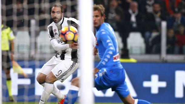Экс-нападающий Наполи помог Ювентусу обыграть прежний клуб вполуфинале Кубка Италии