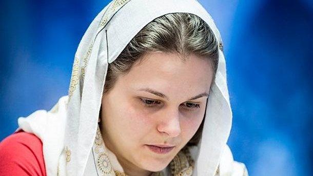 Украинка Музычук проиграла китаянке Чжуньи вторую партию финала чемпионата мира пошахматам