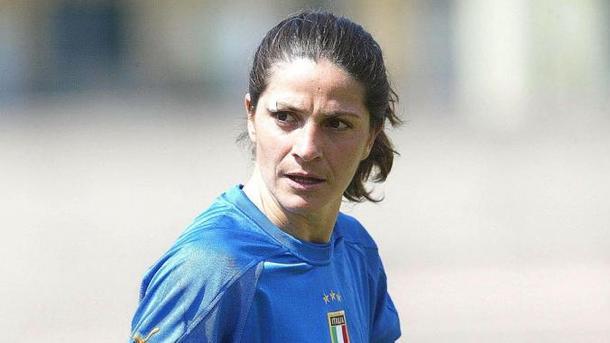Впервый раз вистории сборную Италии пофутболу возглавила женщина