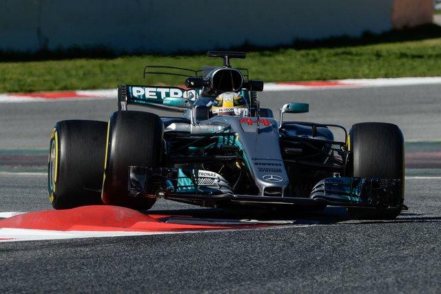 Пилот «Мерседеса» Боттас обновил рекорд предсезонный тестов Формулы-1